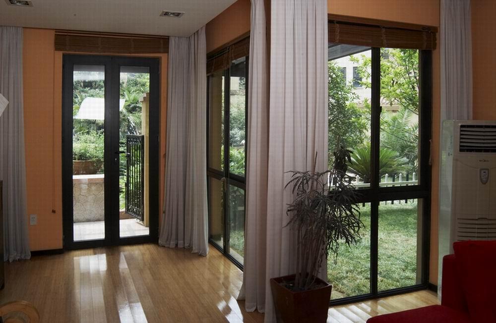 玻璃钢铝合金门窗