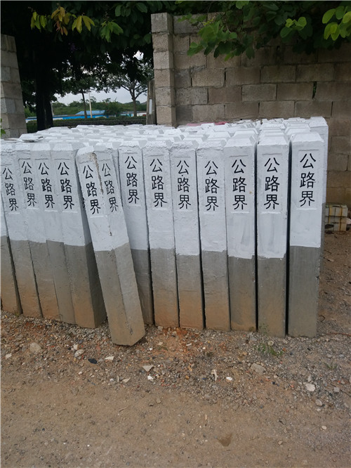 钢钎维混凝土检查井盖