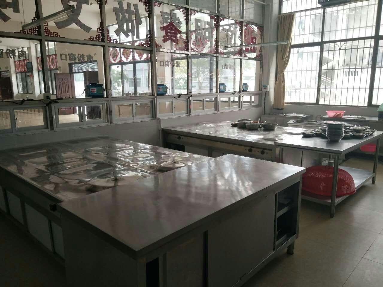 食堂不锈钢制品工程实例