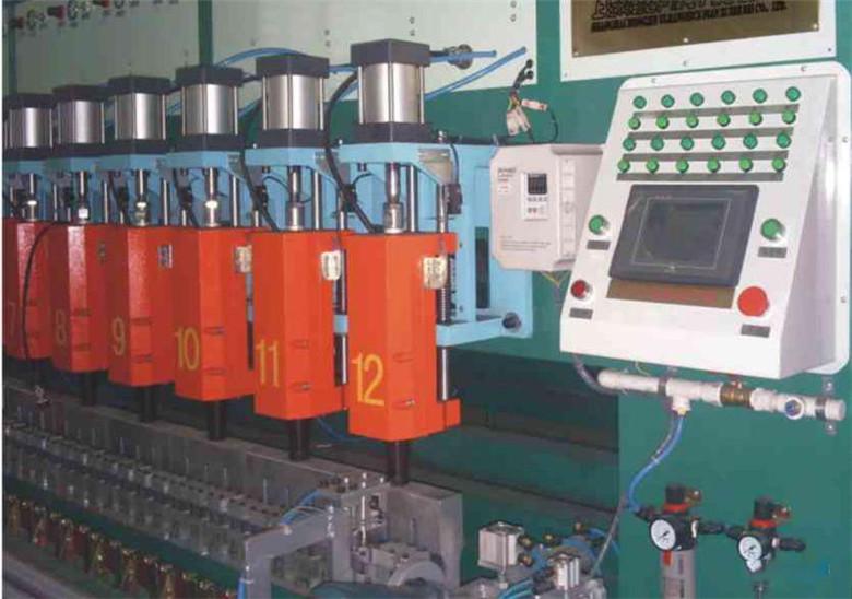 南宁广西一机钢塑土工格栅生产设备