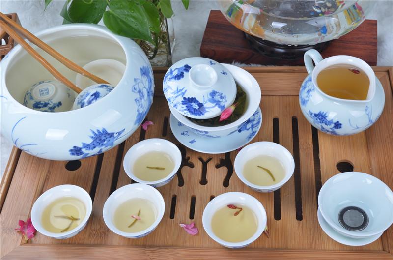 和為貴15件青花茶具組.jpg