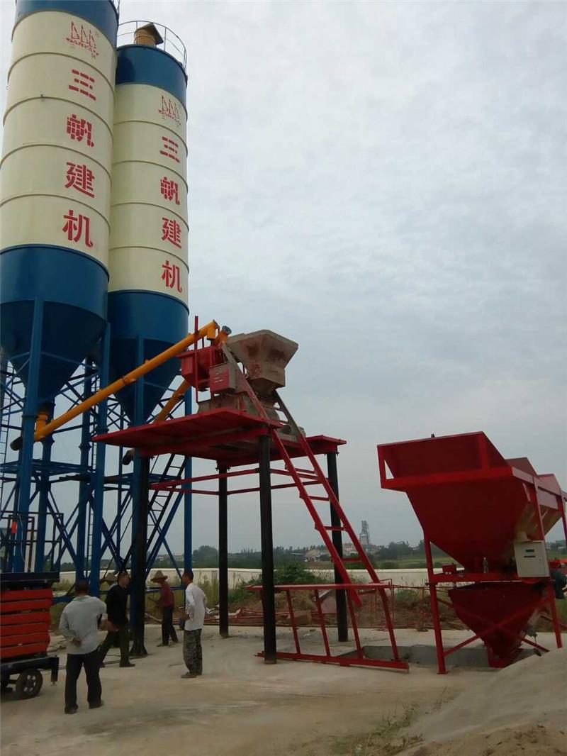 廣西建成的湖北金山混凝土攪拌站 Hubei Jinshan concrete mixing station