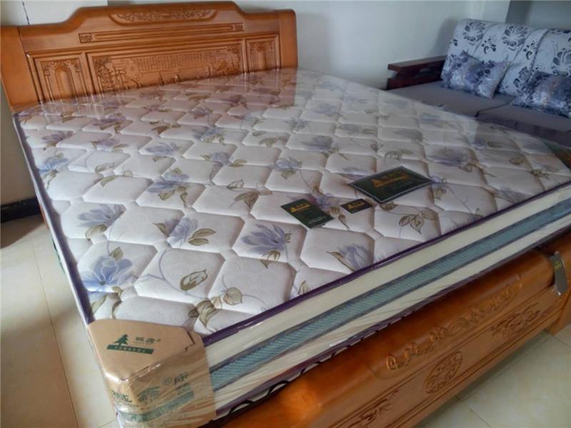 贵港弹簧加棕床垫