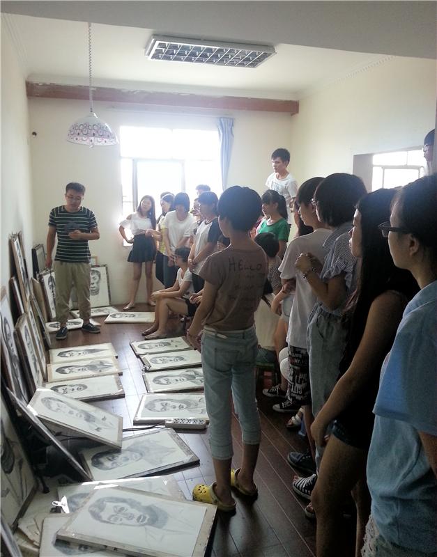 广西王老师评画现场