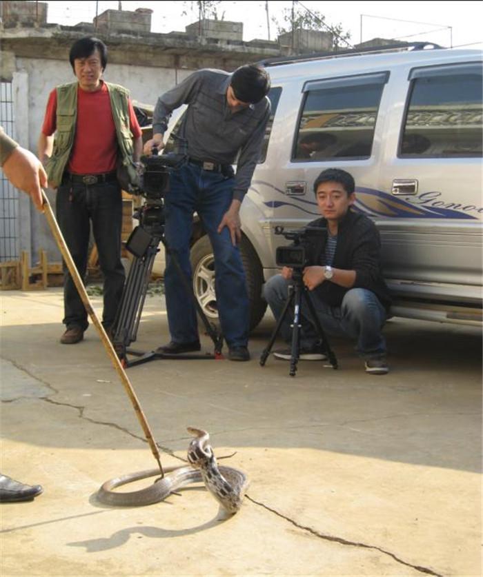 2007年央视十套《百科探秘》栏目组前来实地采访拍摄