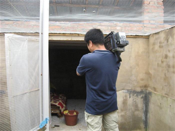 2010年央视二套《理财在线》栏目组前来实地拍摄采访