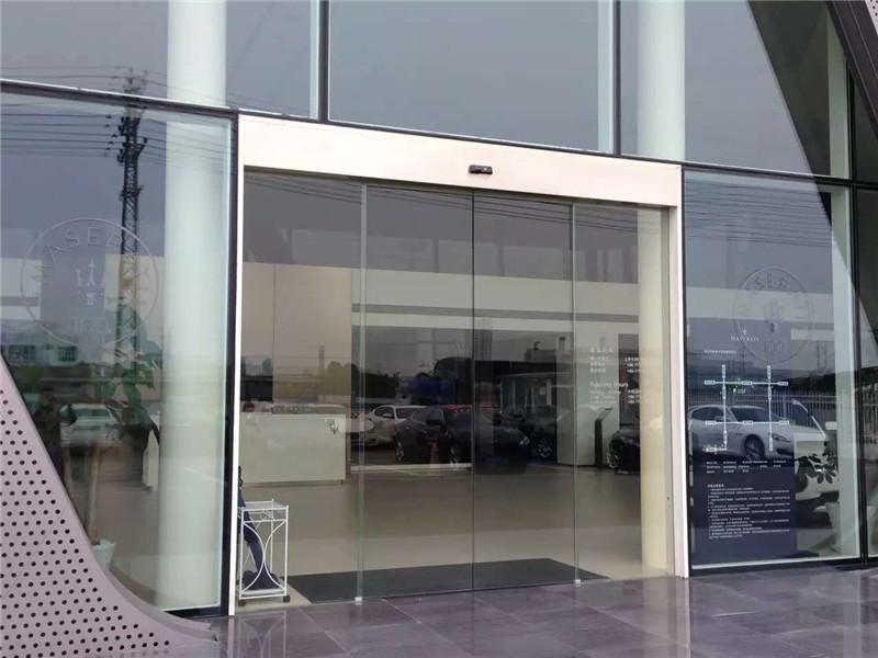 广西汽车4S店大门自动门
