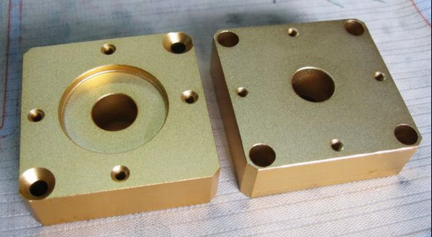 铜类配件.png