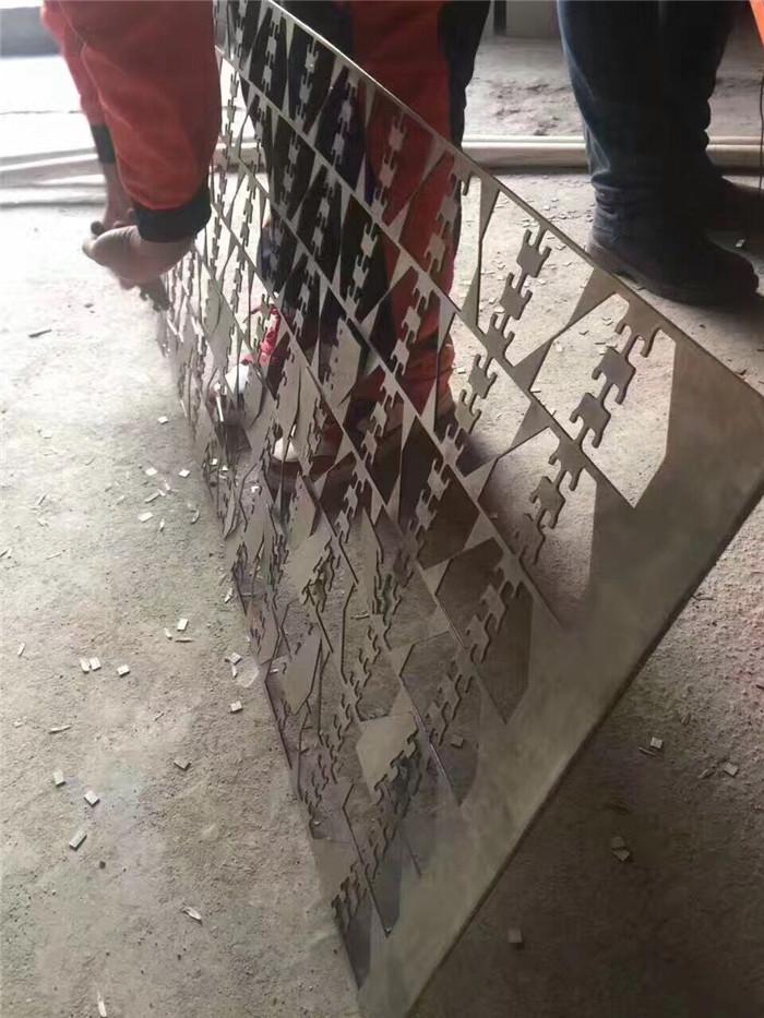 鑫全利光纤激光机