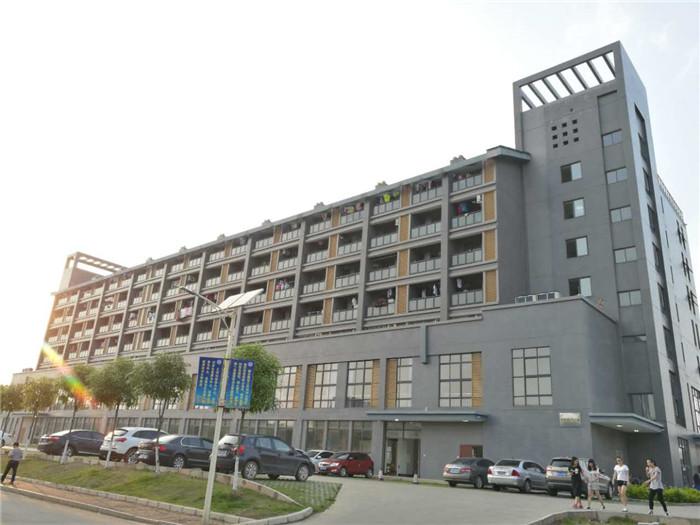 我公司2014年承接的南宁学院学生宿舍2#楼工程.jpg