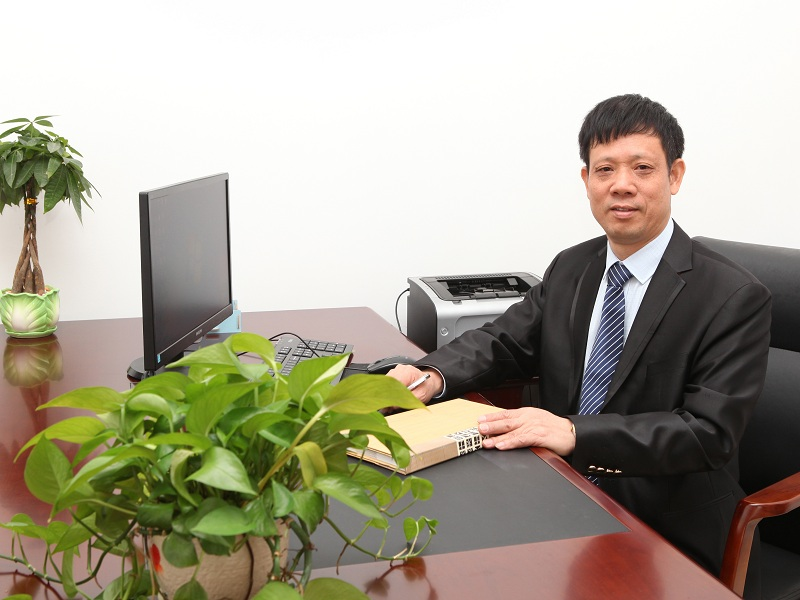 总经理  柒叶荷