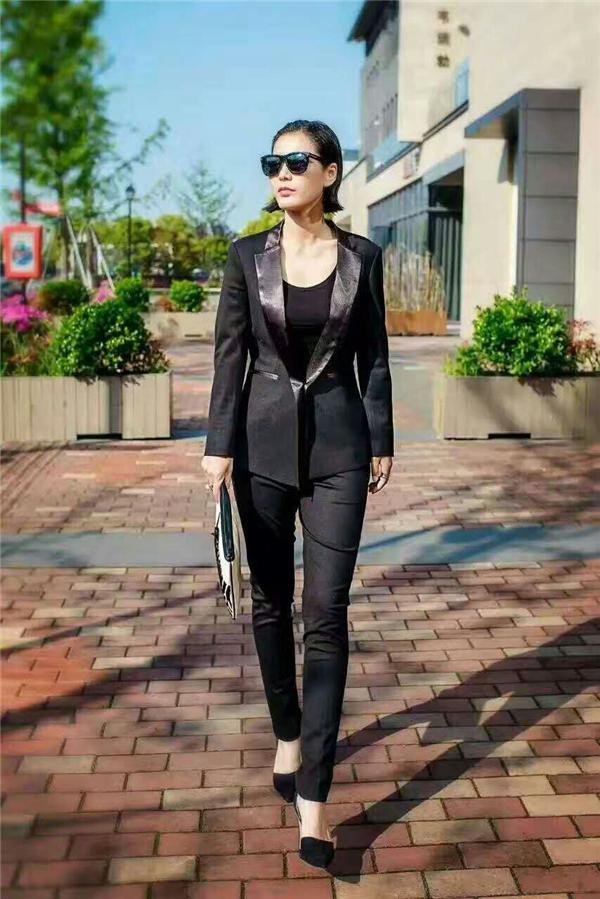 时尚女西mmexport1493882773339.jpg