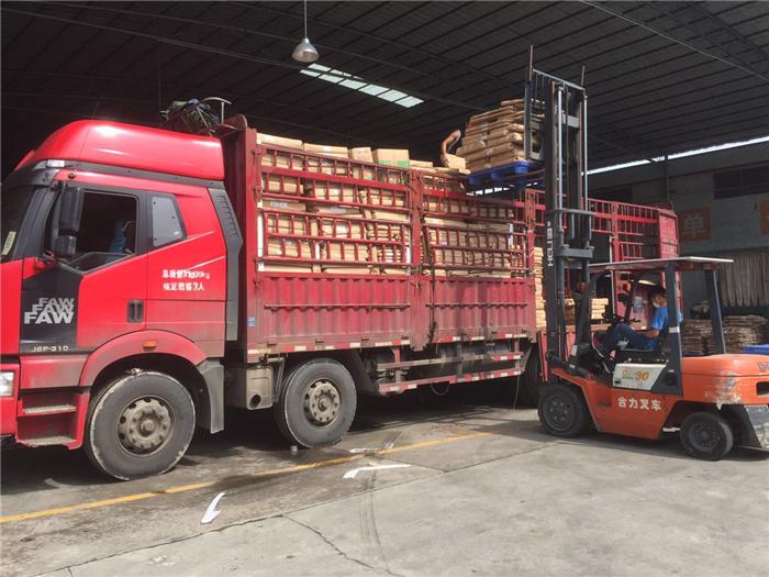 货运运输服务