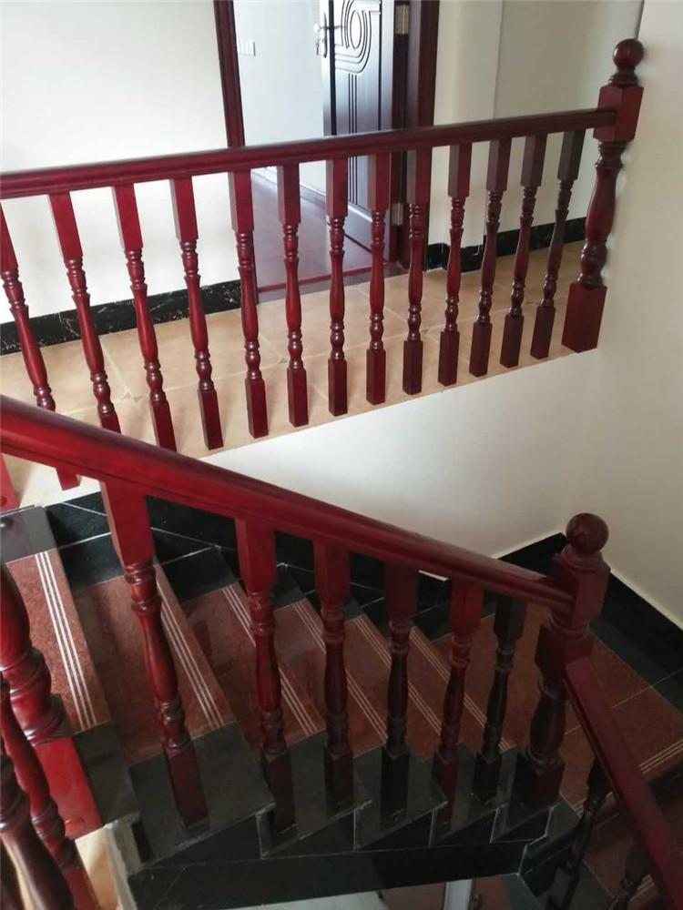 桂林木楼梯扶手
