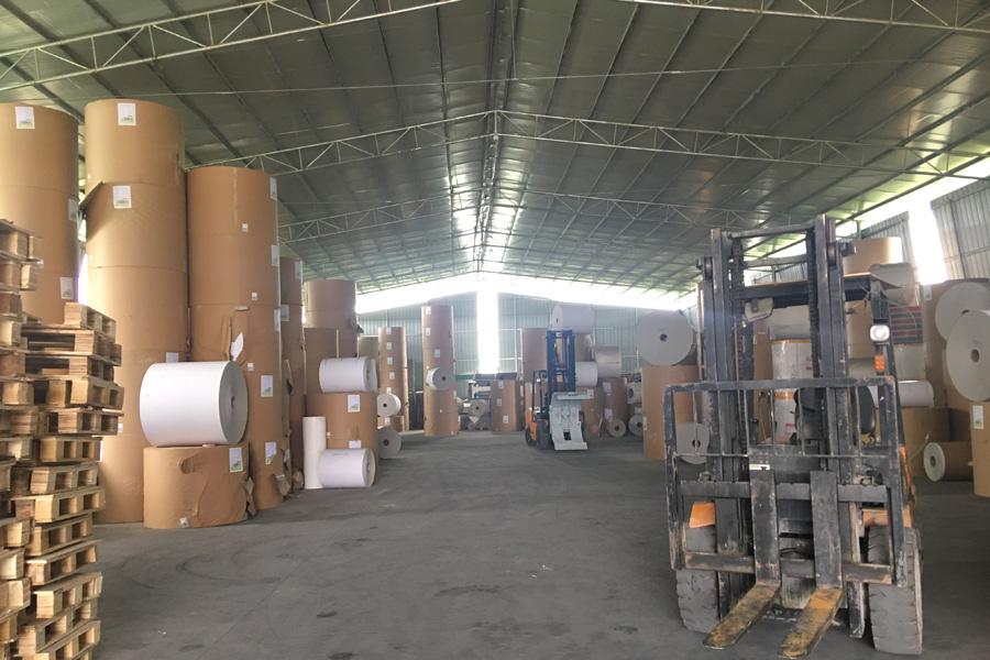 河池白卡纸生产工厂环境