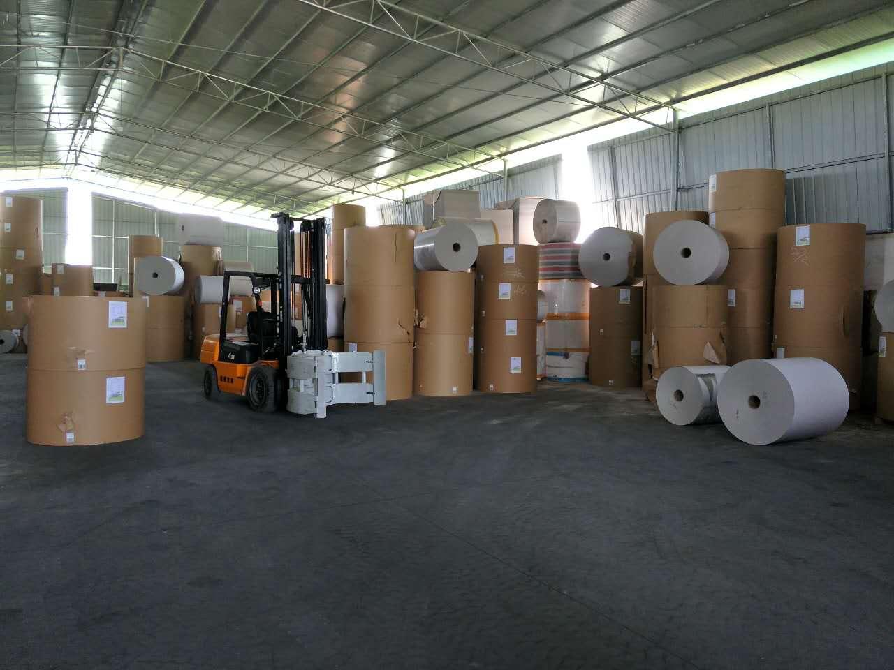 北海白卡纸批发工厂环境