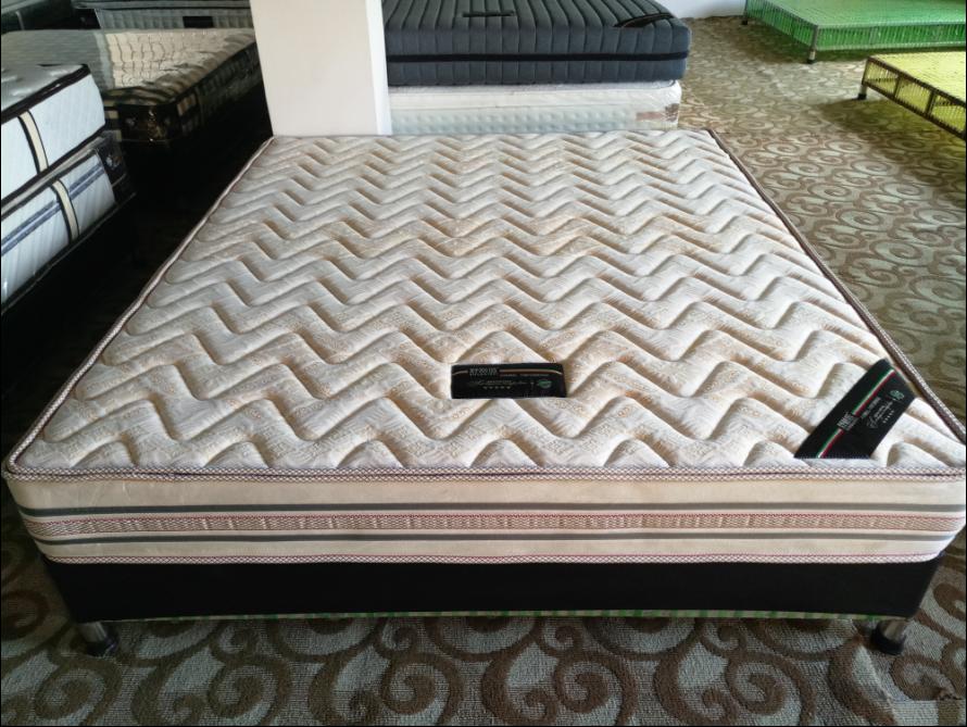 优质椰棕床垫
