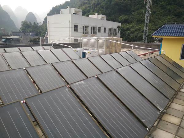 賀州太陽能加空氣能熱水工程