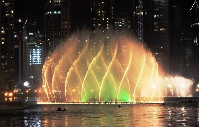 梦幻动感喷泉