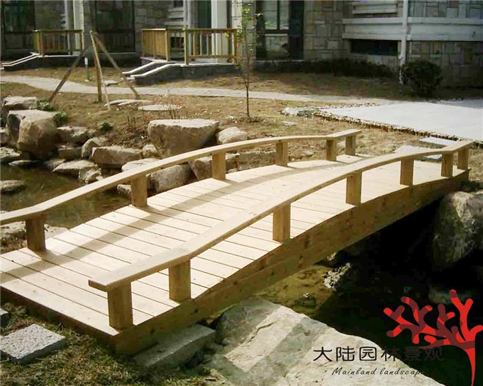 防腐木凉亭拱桥