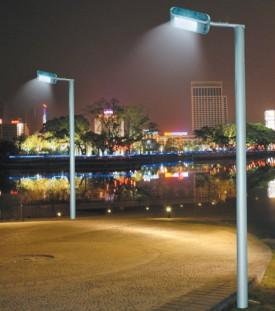 防城港單頭燈桿工程安裝
