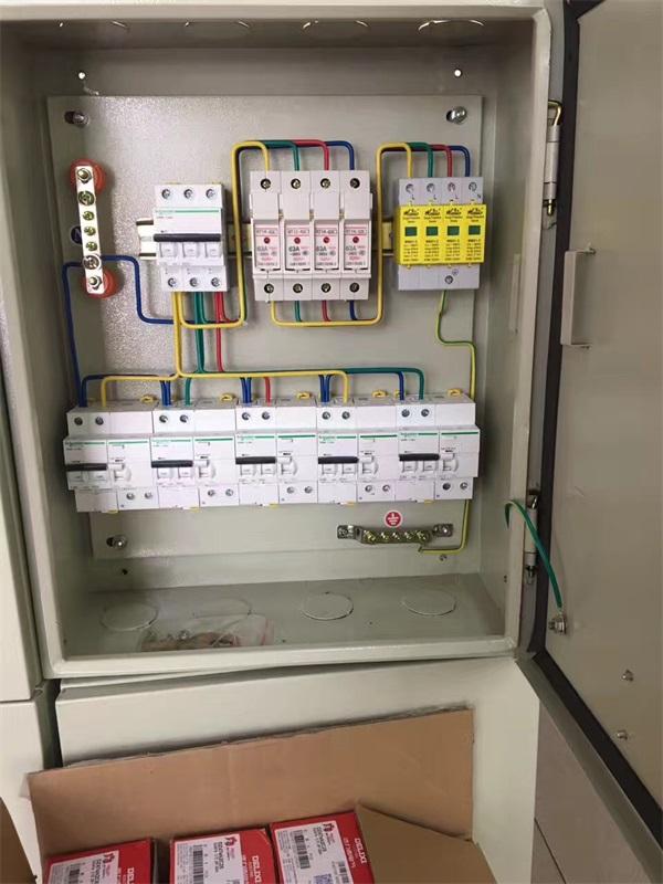 柳州路燈控制箱安裝工程