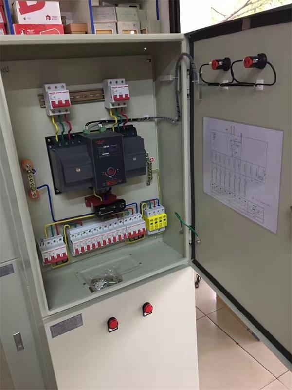 柳州路燈控制箱工程安裝