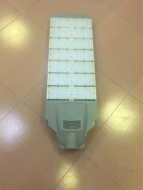 賀州路燈頭安裝工程
