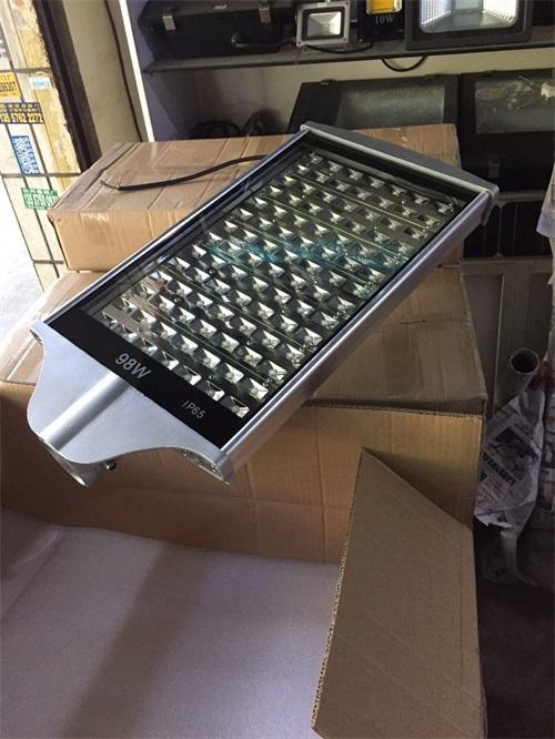 賀州路燈頭安裝公司