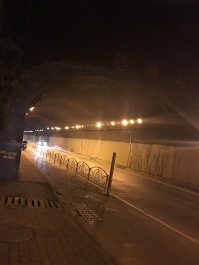 隧道燈安裝工程