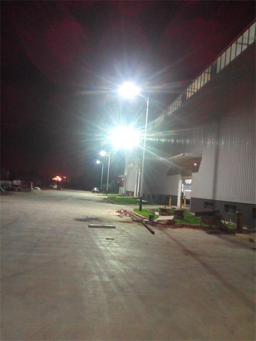 柳州八菱廠無極燈工程安裝