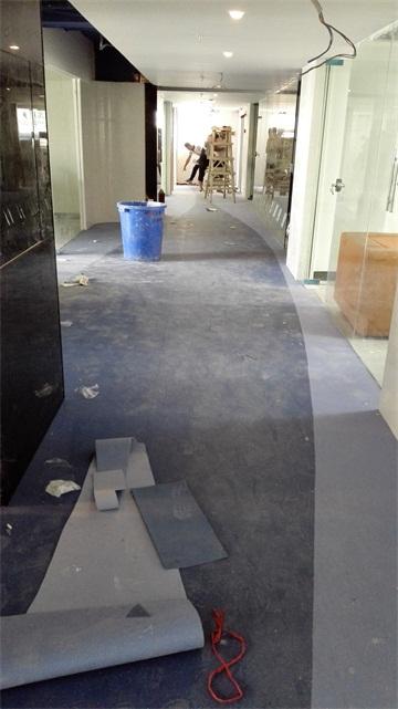 桂林胶地板施工