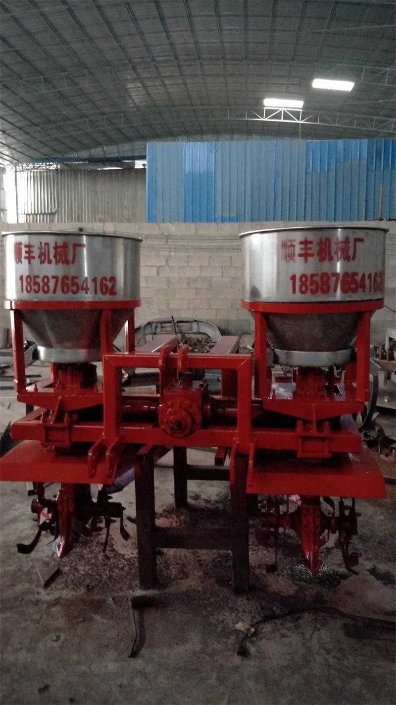 廣西甘蔗施肥培土機生產
