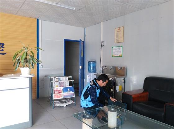 南宁蒲庙镇某工厂-办公室节能开水机安装中
