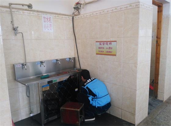 南宁蒲庙镇某工厂节能开水机安装现场