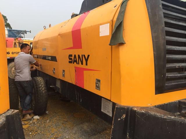 混凝土輸送泵車