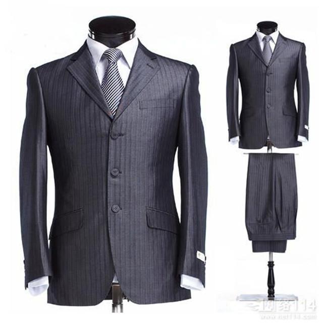 黑色條紋西服套裝