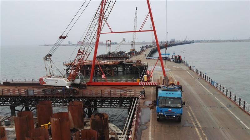 钢栈桥、钢平台施工-7.jpg
