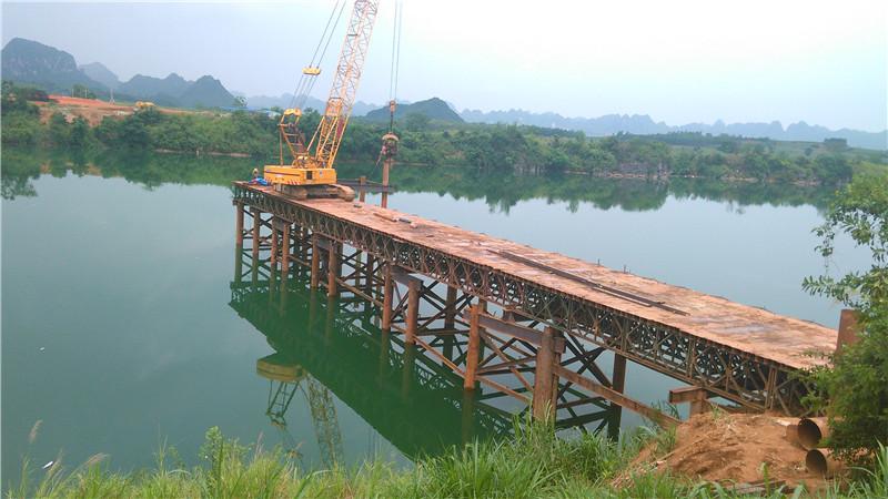 钢栈桥施工-9.jpg