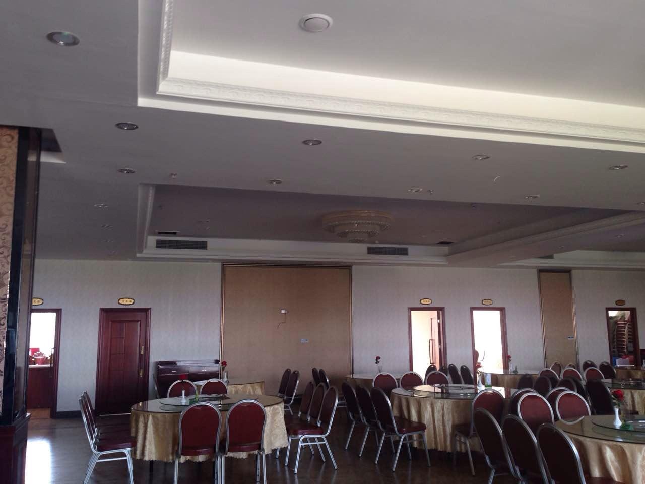 南宁狮山公园海鲜酒楼志高风管机项目