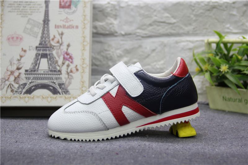 男童运动鞋销售.JPG