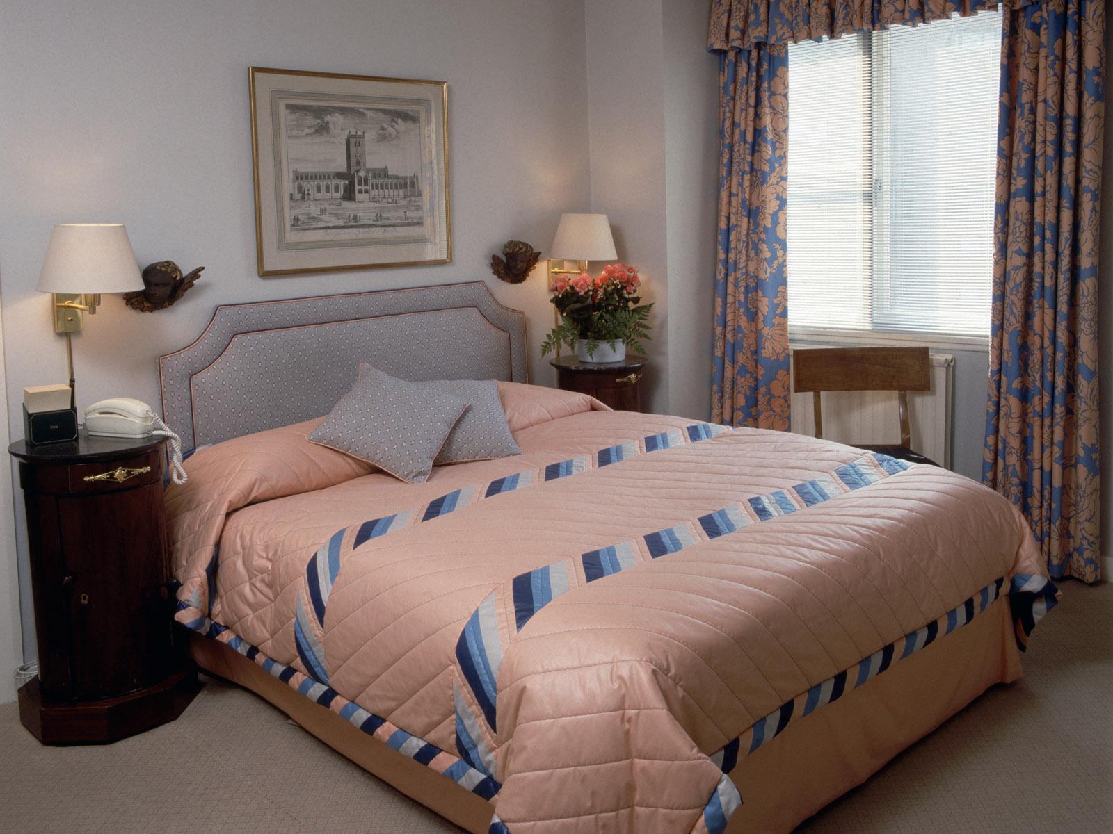 酒店宾馆客房装修设计特点_南宁品业装饰公司