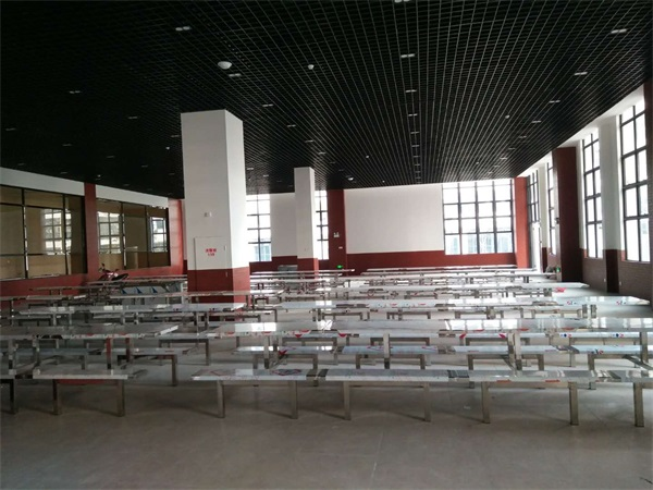 玉林江南区某药厂不锈钢餐桌椅