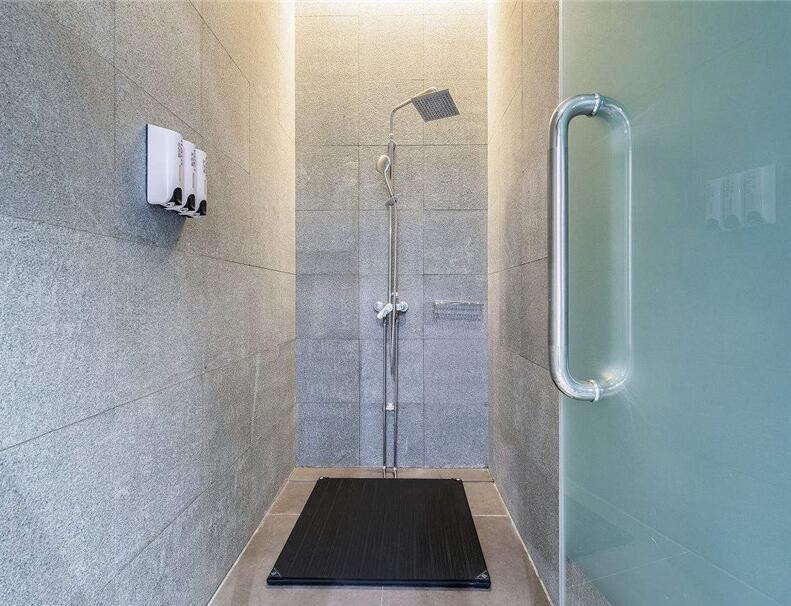 伟德bv账号注册淋浴房