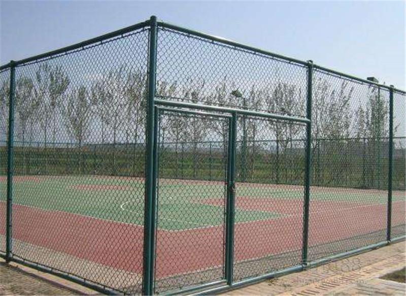 球场围网建设