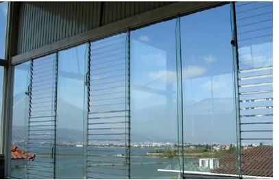 幕墙玻璃工程.jpg