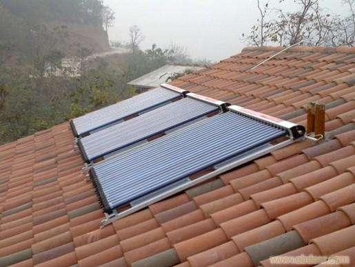 太阳能热水板.jpg