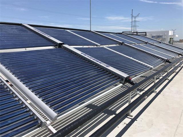 太阳能集热工程.jpg