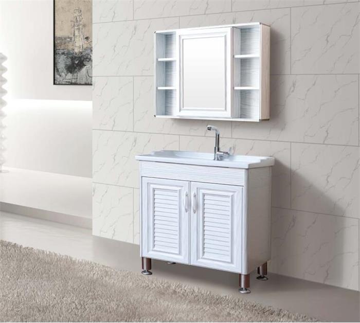 齐铝卫浴柜