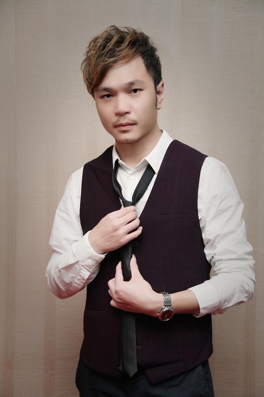 南寧黃英鵬    技術總監